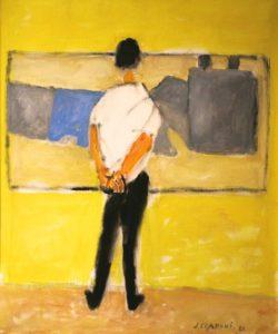 Mężczyzna na żółtym tle